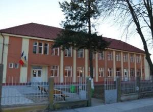 Renovare Judecătoria Chișineu Criș